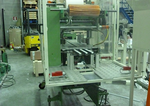 Immagine 1 606 - Cassoli handle applicator machine model MAC50
